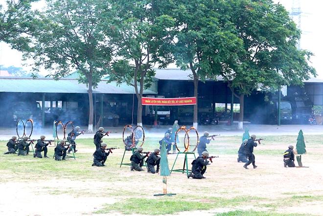 Trung đoàn CSCĐ Thủ đô thực binh phương án bảo vệ bầu cử - Ảnh minh hoạ 5