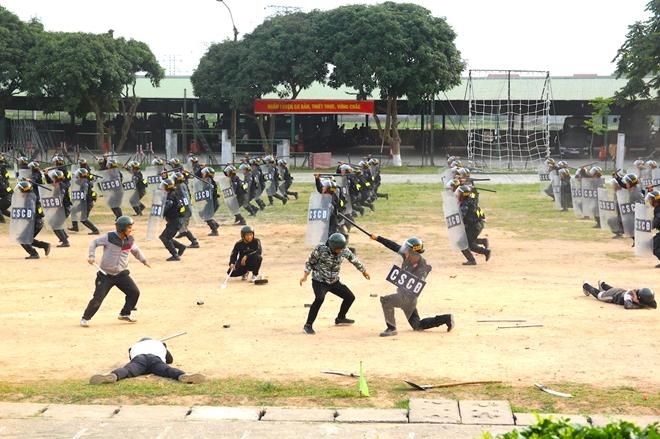 Trung đoàn CSCĐ Thủ đô thực binh phương án bảo vệ bầu cử