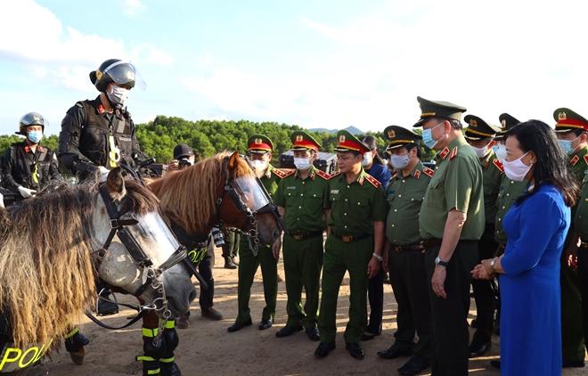 Nghiên cứu phương án CSCĐ Kỵ binh tuần tra kiểm soát bảo đảm ANTT - Ảnh minh hoạ 14