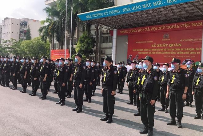 100 CSCĐ và 300 học viên CS lên đường chi viện cho Bắc Ninh - Ảnh minh hoạ 3