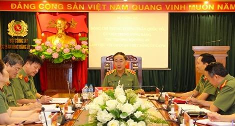 Thứ trưởng Trần Quốc Tỏ làm việc với Cơ quan UBKT Đảng ủy Công an Trung ương