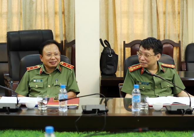 Thứ trưởng Trần Quốc Tỏ thăm, làm việc với Báo CAND và Nhà xuất bản CAND - Ảnh minh hoạ 6