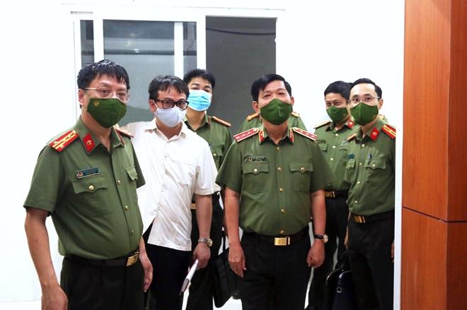 Thứ trưởng Nguyễn Văn Sơn thăm, kiểm tra trụ sở mới của Báo CAND tại số 2 Đinh Lễ - Ảnh minh hoạ 8