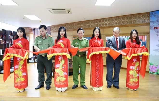 Khai trương phòng đọc văn hóa Việt Nam - Nhật Bản