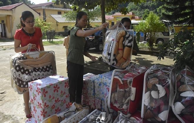 Công an huyện Yên Định trao quà cho các gia đình chính sách - Ảnh minh hoạ 3