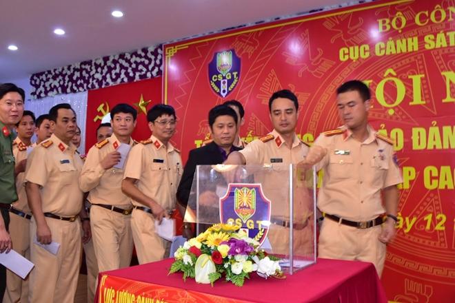 Lực lượng CSGT hoàn thành xuất sắc nhiệm vụ trong Tuần lễ Cấp cao APEC 20171 - Ảnh minh hoạ 2