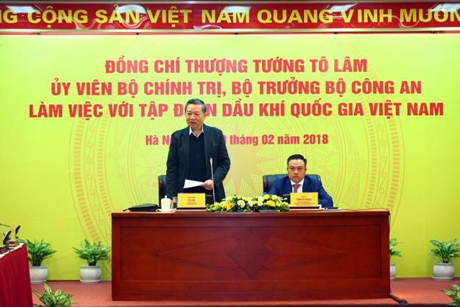 Thượng tướng Tô Lâm, Ủy viên Bộ Chính trị, Bộ trưởng Bộ Công an phát biểu tại buổi làm việc.
