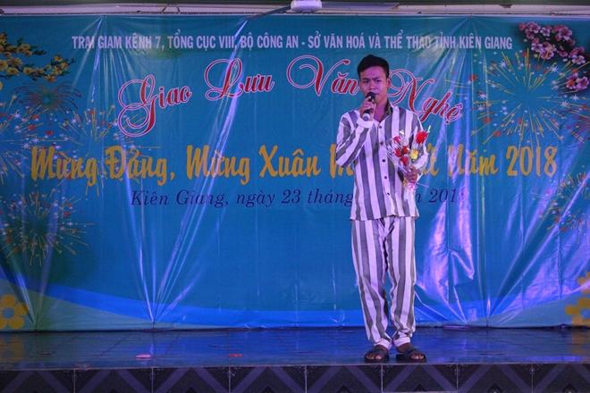 Trại giam Kênh 7 tổ chức giao lưu văn nghệ cho trên 1.000 phạm nhân - Ảnh minh hoạ 3