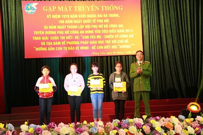 Hội phụ nữ CA Hưng Yên kỷ niệm ngày Quốc tế phụ nữ 8 – 3