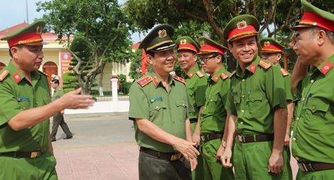 Thứ trưởng Nguyễn Văn Sơn thăm, kiểm tra công tác tại Nghệ An