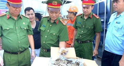 Người thủ lĩnh của lực lượng Cảnh sát điều tra đất Cảng