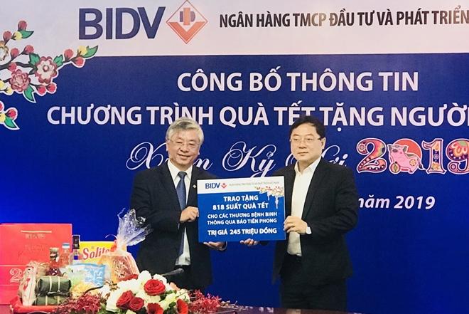 Ngân hàng BIDV dành 20 tỷ đồng trao quà Tết cho người nghèo
