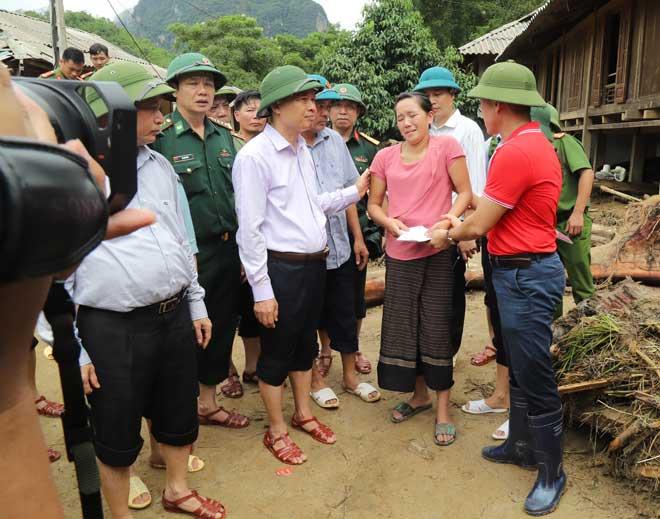 Hội Chữ thập đỏ cứu trợ đồng bào bị thiệt hại do bão số 3 - Ảnh minh hoạ 2