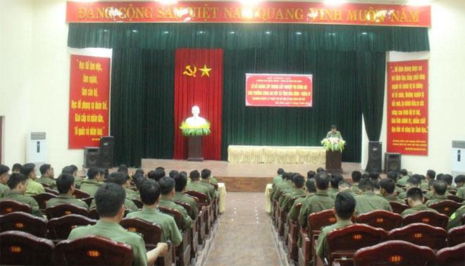 Bế giảng lớp Trung cấp nghiệp vụ Công an cho Trưởng Công an cấp xã