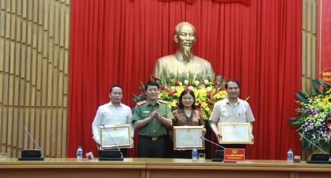 Gặp mặt kỷ niệm 89 năm Ngày truyền thống ngành tổ chức xây dựng Đảng