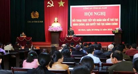 Công an tỉnh Hà Nam đối thoại với nhân dân về thủ tục hành chính