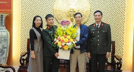 Báo CAND chúc mừng Báo QĐND nhân Ngày thành lập QĐND Việt Nam