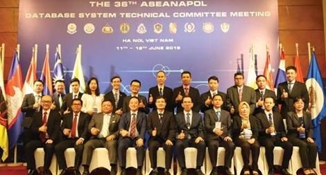 Interpol - Cánh tay nối dài của Công an Việt Nam trong phòng, chống tội phạm xuyên quốc gia