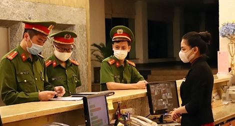 Lực lượng Công an quyết liệt thực hiện các biện pháp chống dịch