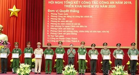 Nhiều thành tích nổi bật của Đảng bộ Công an tỉnh Hậu Giang