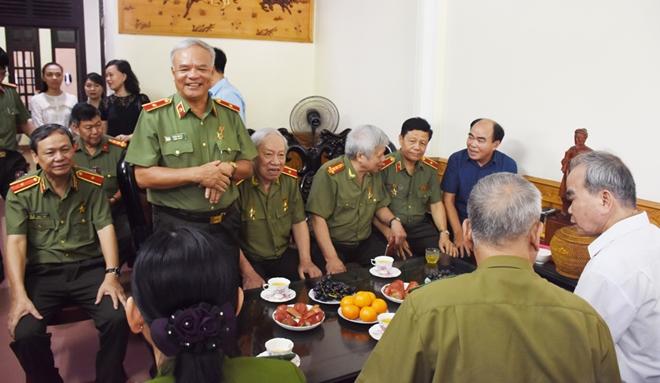 Ban Liên lạc Công an chi viện cho An ninh miền Nam tri ân tại Thanh Hoá - Ảnh minh hoạ 4