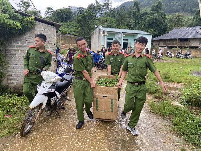 """Sôi nổi chiến dịch """"Hành quân xanh"""" năm 2020 của Công an Lai Châu - Ảnh minh hoạ 3"""