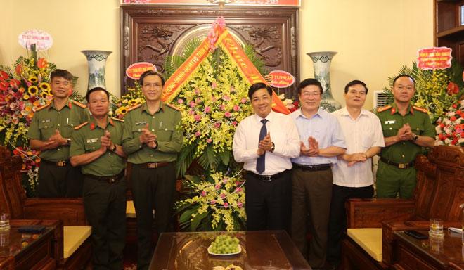 Tỉnh uỷ Bắc Giang chúc mừng Công an tỉnh nhân ngày 19/8