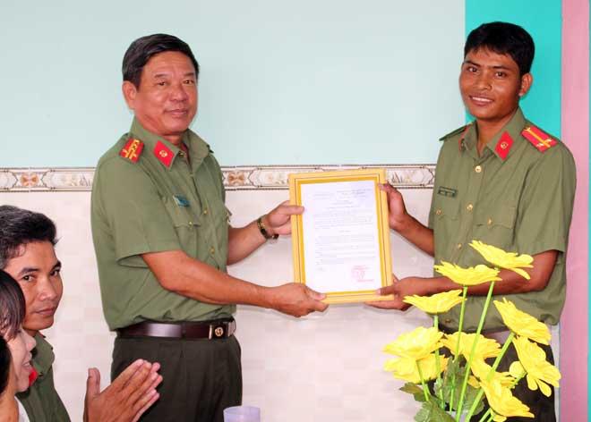 Đại tá Huỳnh Văn Thình: Thầm lặng trên trận tuyến an ninh - Ảnh minh hoạ 2