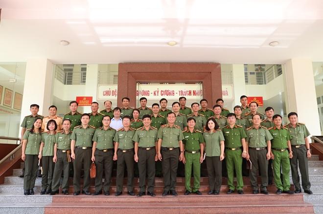 Thứ trưởng Lê Tấn Tới làm việc tại Công an tỉnh Hà Tĩnh - Ảnh minh hoạ 3