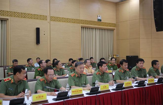 Bộ Công an và Bộ Xây dựng tăng cường phối hợp công tác