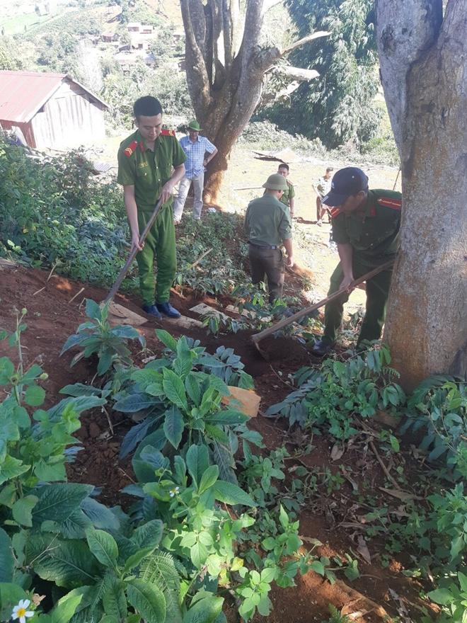 Công an huyện Kbang xây dựng nhà tình thương cho hộ nghèo - Ảnh minh hoạ 2