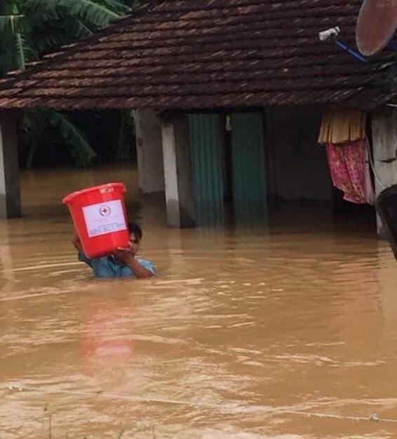 Hỗ trợ khẩn cấp đồng bào 3 tỉnh miền Trung bị thiệt hại bởi mưa lũ - Ảnh minh hoạ 3