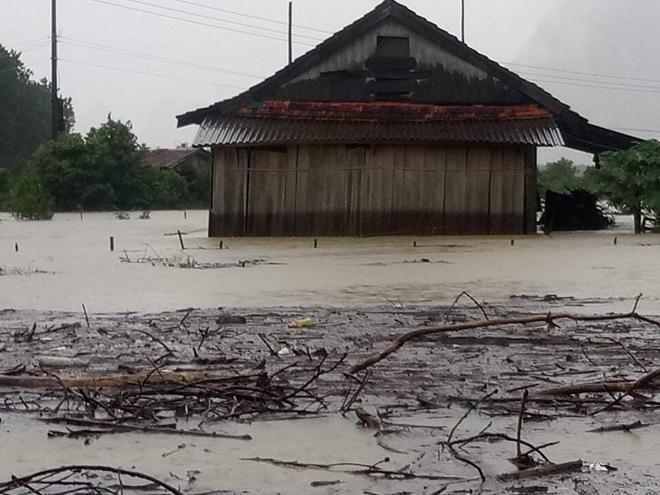 Hỗ trợ khẩn cấp đồng bào 3 tỉnh miền Trung bị thiệt hại bởi mưa lũ - Ảnh minh hoạ 4