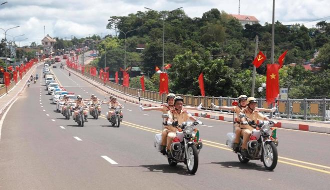 Giữ vững ANTT, góp phần vào thành công Đại hội Đảng bộ tỉnh Đắk Nông - Ảnh minh hoạ 2