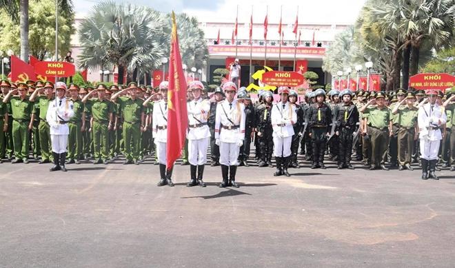 Giữ vững ANTT, góp phần vào thành công Đại hội Đảng bộ tỉnh Đắk Nông - Ảnh minh hoạ 3