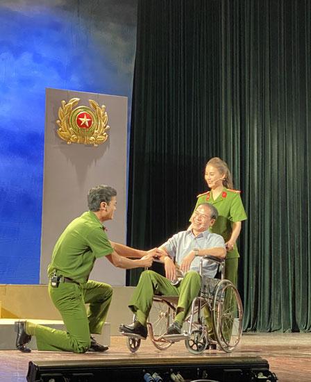 Hoạt động Văn hóa - Nghệ thuật đặc biệt Kỷ niệm 75 năm Ngày truyền thống CAND Việt Nam - Ảnh minh hoạ 11