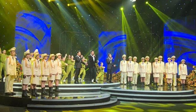Hoạt động Văn hóa - Nghệ thuật đặc biệt Kỷ niệm 75 năm Ngày truyền thống CAND Việt Nam - Ảnh minh hoạ 4