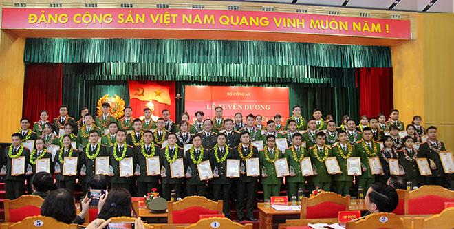 Tuyên dương học viên CAND giỏi tiêu biểu tốt nghiệp năm 2020