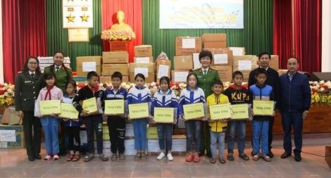 Hỗ trợ mô hình sinh kế cho nhân dân vùng lũ huyện Cẩm Xuyên