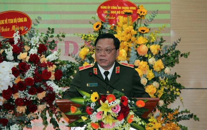Công an quận Long Biên hoàn thành xuất sắc nhiệm vụ được giao - Ảnh minh hoạ 2