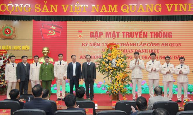 Công an quận Long Biên hoàn thành xuất sắc nhiệm vụ được giao