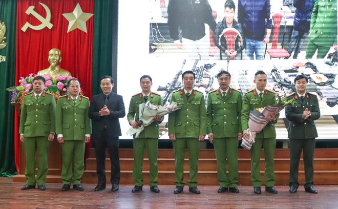 Khen thưởng Công an huyện Vân Hồ bắt vụ ma túy lớn