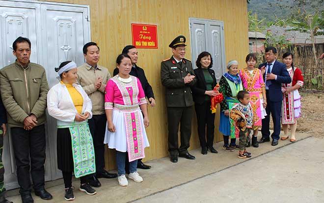 Bàn giao 60 nhà cho hộ nghèo ở huyện Hà Quảng, Cao Bằng - Ảnh minh hoạ 2