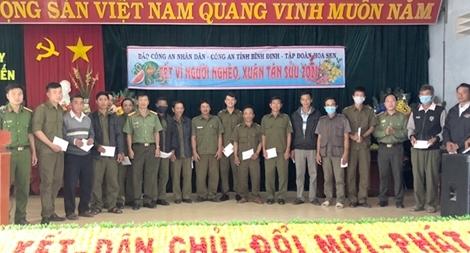 Báo CAND và Tập đoàn Hoa Sen mang Xuân đến với người nghèo