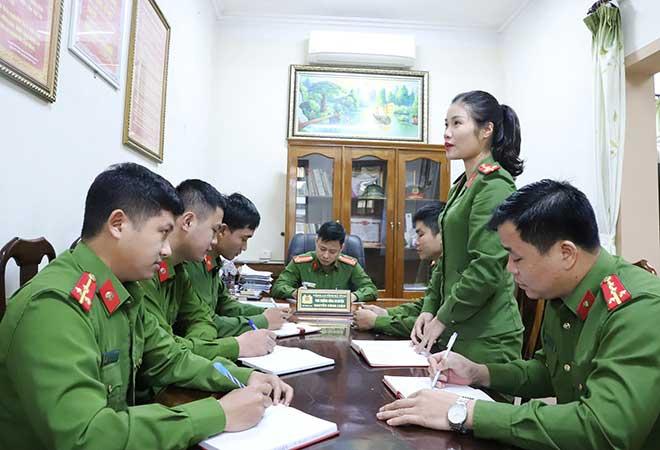 Nữ sinh giỏi văn gắn bó với màu áo Cảnh sát Hình sự