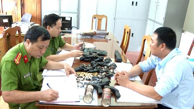 Điểm sáng trong quản lý, thu hồi vũ khí, vật liệu nổ và công cụ hỗ trợ