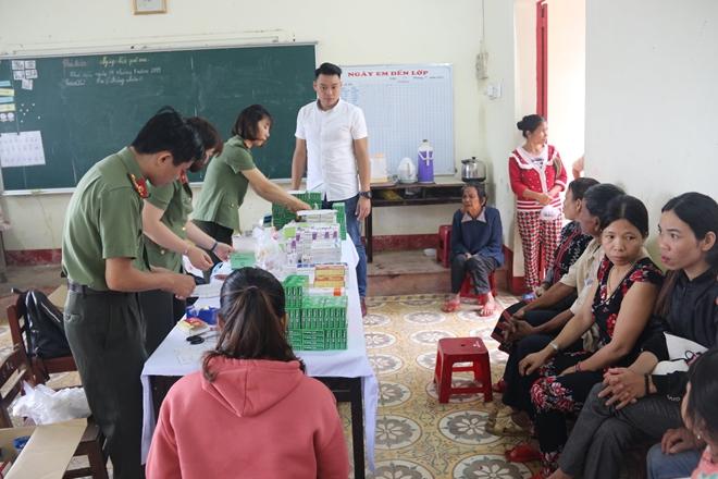 Bệnh viện 199 khám và cấp phát thuốc cho người dân Hòa Phú - Ảnh minh hoạ 8