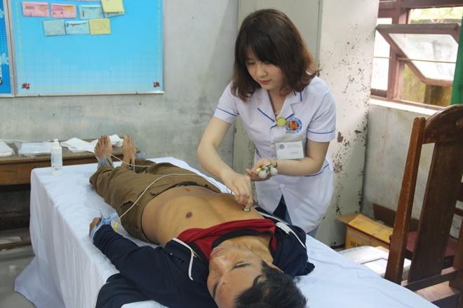 Bệnh viện 199 khám và cấp phát thuốc cho người dân Hòa Phú - Ảnh minh hoạ 3