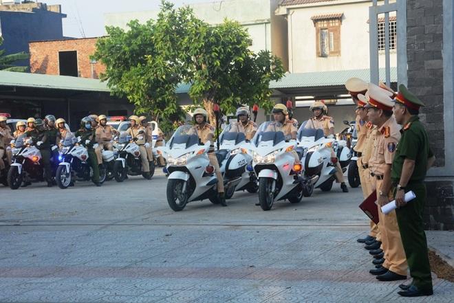 Công an các tỉnh ra quân tổng kiểm soát phương tiện đường bộ - Ảnh minh hoạ 11