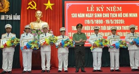 Công an Đà Nẵng kỷ niệm 130 năm Ngày sinh Chủ tịch Hồ Chí Minh